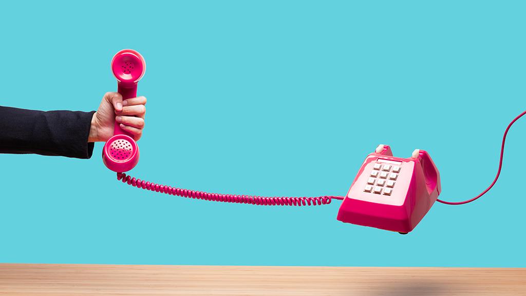 نکاتی برای بهبود مکالمات تلفنی کارمندان