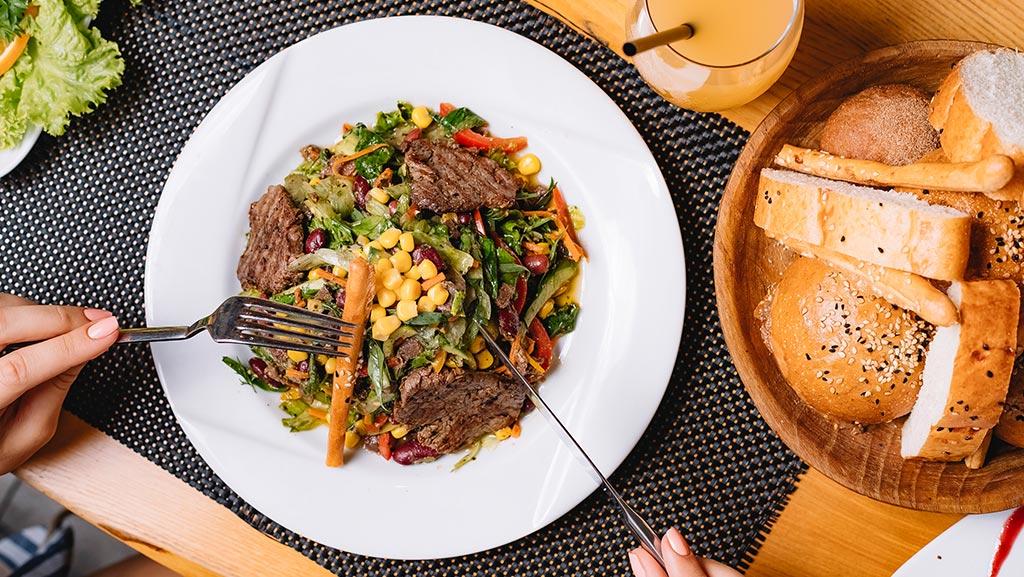 بهبود تجربه مشتریان برای بهبود نتایج رستوران