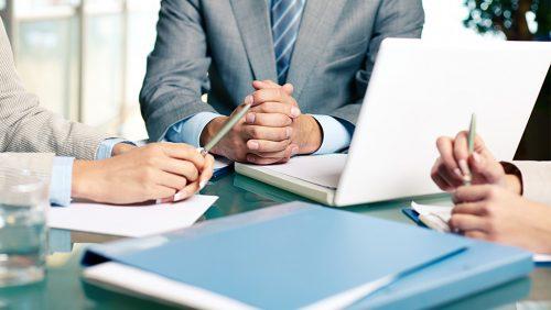 دلیل موثر نبودن جلسات در کسبوکار